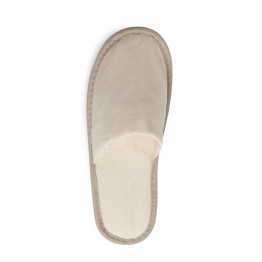 Closed toe slippers - no brand